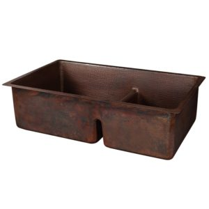"""33"""" Hammered Copper Kitchen 60/40 Double Basin Sink with Short 5"""" Divider"""
