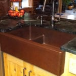 33″ Hammered Copper Kitchen Apron 30/70 Double Basin Sink with Short 5″ Divider
