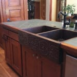 33″ Copper Hammered Kitchen Apron 50/50 Double Basin Sink w/ Scroll Design
